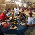 אורחים אמריקאים במערה שבהר