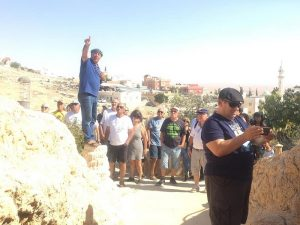 קבוצת חברים ממרכז הארץ התארחו במערה שבהר בדריג'את