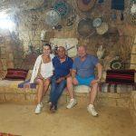 סיור וארוחת ערב במערה לתיירים מרוסיה